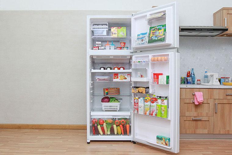 tủ lạnh kêu to